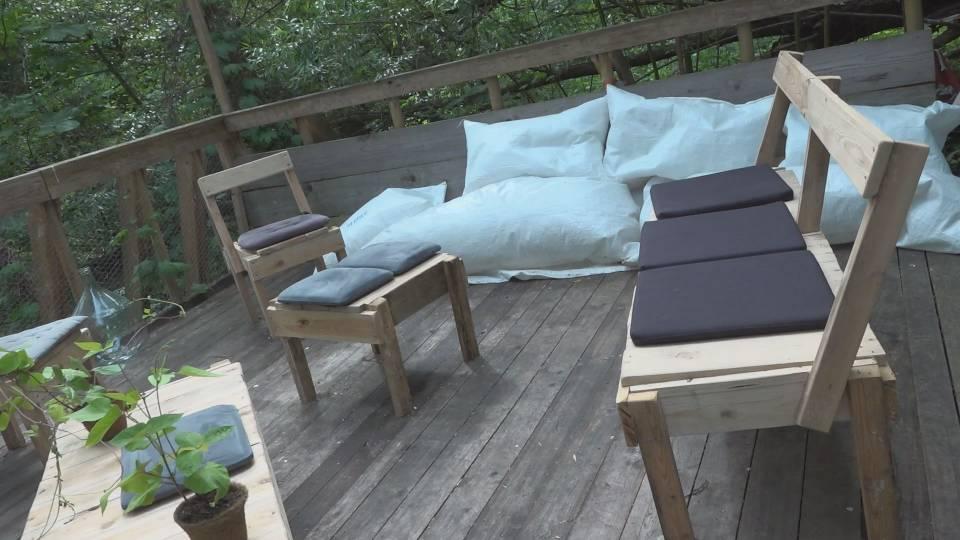 der anonyme retter der holzplattform itv coburg. Black Bedroom Furniture Sets. Home Design Ideas